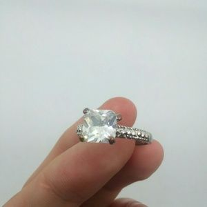 Size 9 Silver-Tone Fashion Ring